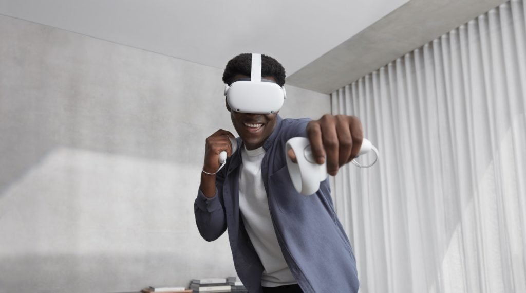Virtual Reality Headset For Online Gamers